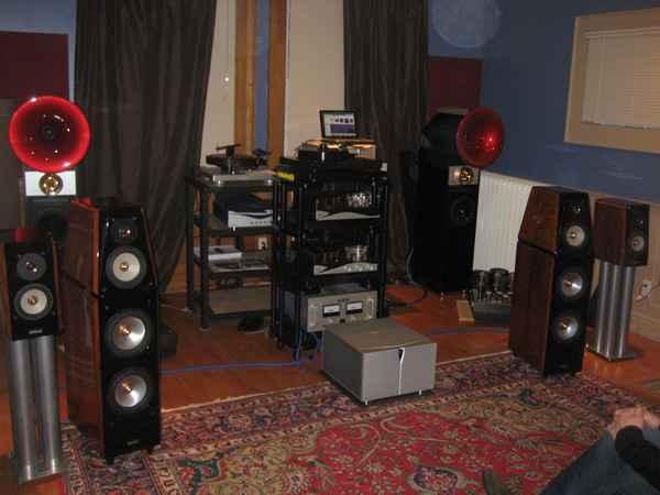 Angies Audio Corner 01