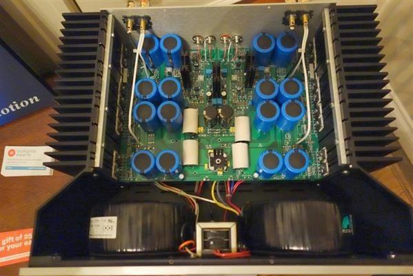 DSC00927 (Custom)