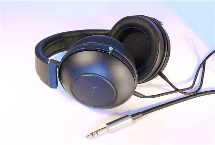 Fostex TH-600 (Custom)