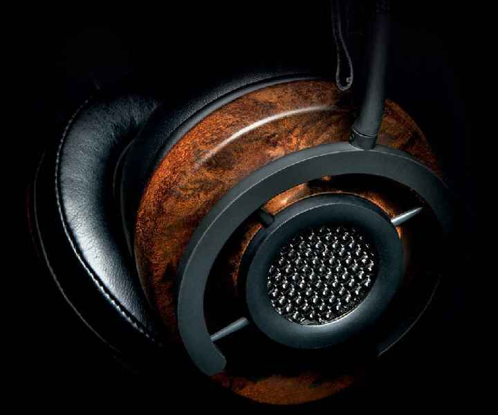 AudioQuest liquid wood headphone