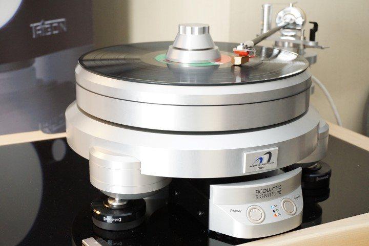 DSC04525 (Custom)