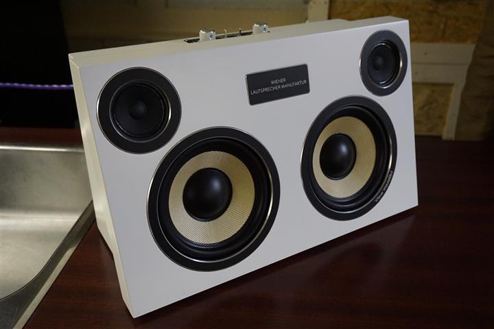DSC06308 (Custom)