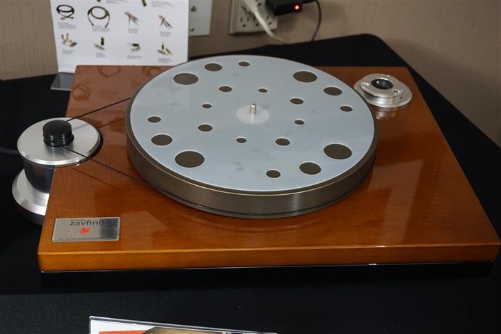 DSC06318 (Custom)