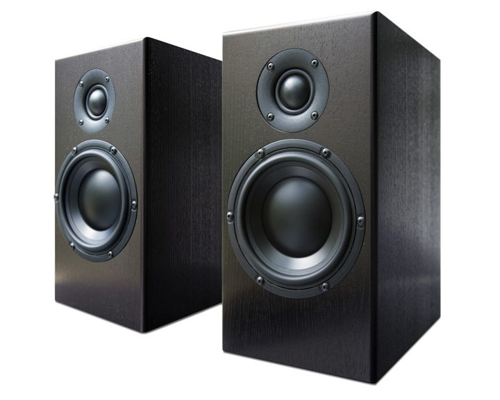 Totem SKY Bookshelf Speaker Review 03