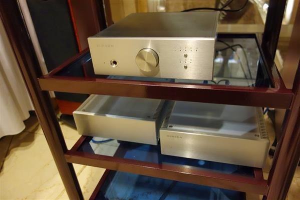 DSC00830 (Custom)