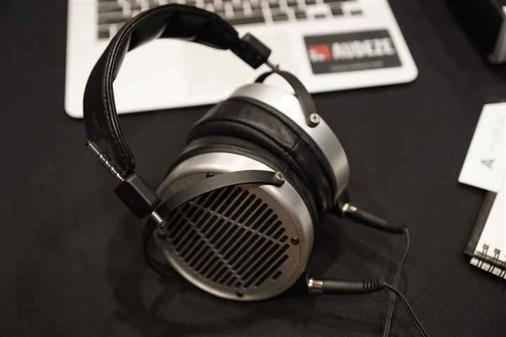 Audeze 3 (Custom)