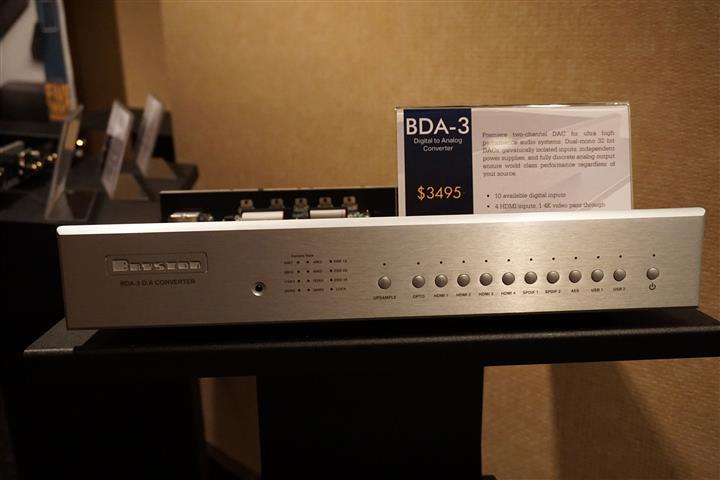 DSC06197 (Custom)