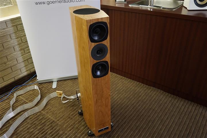 DSC06305 (Custom)