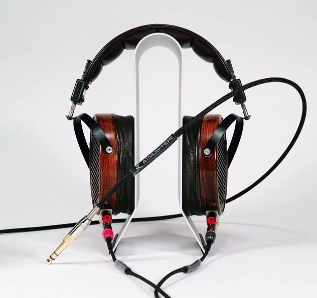 Synergistic Research - Audeze Cable