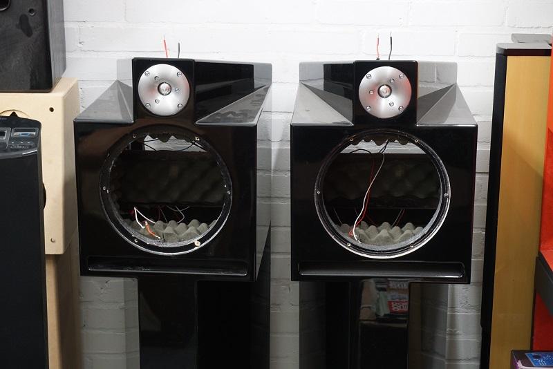 8. Fab Audio Model 1 pub