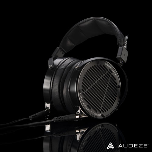 Audeze LCD-X-AABK-SeatedL-Glam-10914
