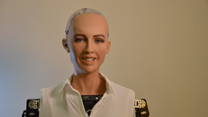 Sophia Robot CES 2018 NOVO magazine a