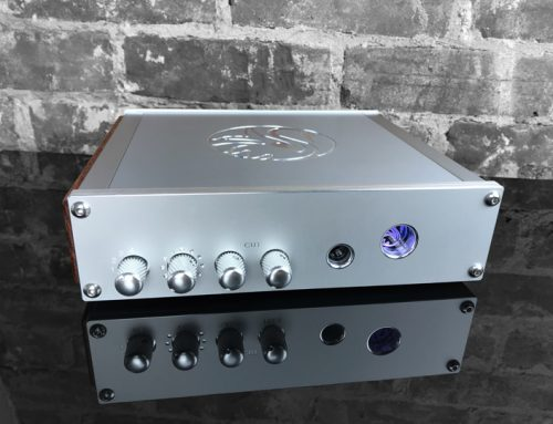 Swan Song Audio White Swan Headphone Amplifier / Preamplifier with Built-in DAC Review